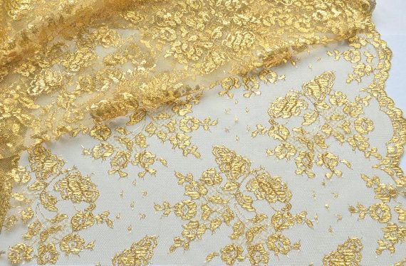Gold Lace Fabric Embroidered Gold Metalic Lace door VintageToLiveBy