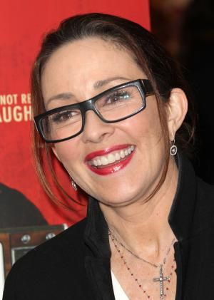 Looking for back frame eyeglass inspiration? Look no further. Check out this gallery of celebrities rockin' black frame glasses.: Patricia Heaton