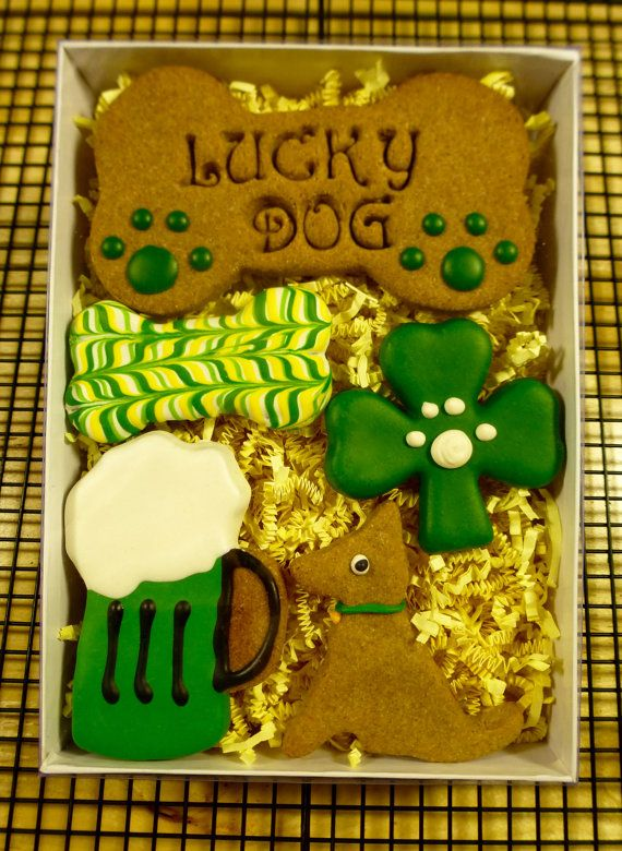 Gourmet Dog Treats: Homemade St. Patrick's Day Dog Cookies ~ The Luck Dog gift box is perfect for your Irish loving dog ~ Peanut Butter recipe biscuits topped in sugar free yogurt icing | Gerbeaux Dog Bakery