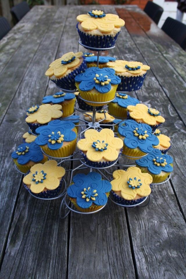 Geel blauwe cupcakes