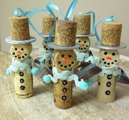 6 Different Adorable Christmas Cork Ornament Craft Projects
