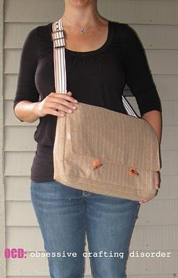 ocd: obsessive crafting disorder: Bag Lady Week- Messenger Bag Tutorial I would use different fabric, but the tutorial is great!