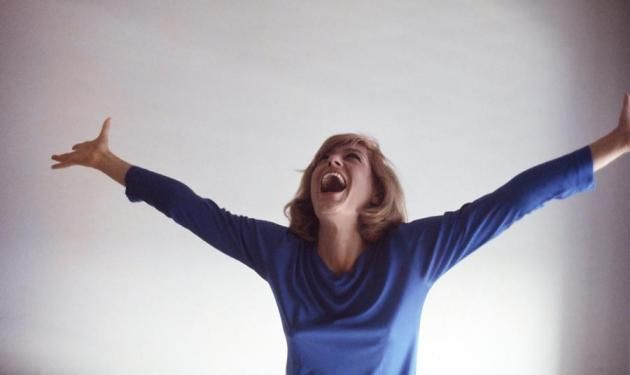 Σαν σήμερα, η Ελληνίδα ηθοποιός κλέβει τις εντυπώσεις στις Κάννες για το «Ποτέ την Κυριακή».