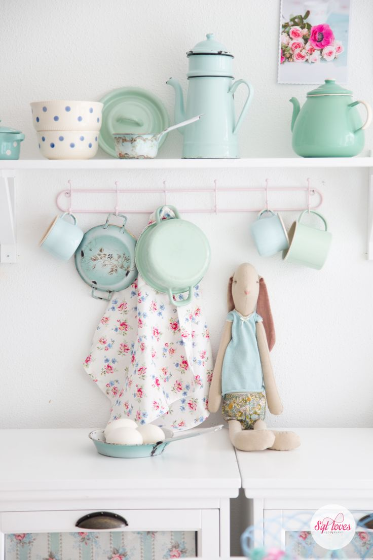Syl loves, pastel kitchen, mint, Maileg, spring, easter, Greengate