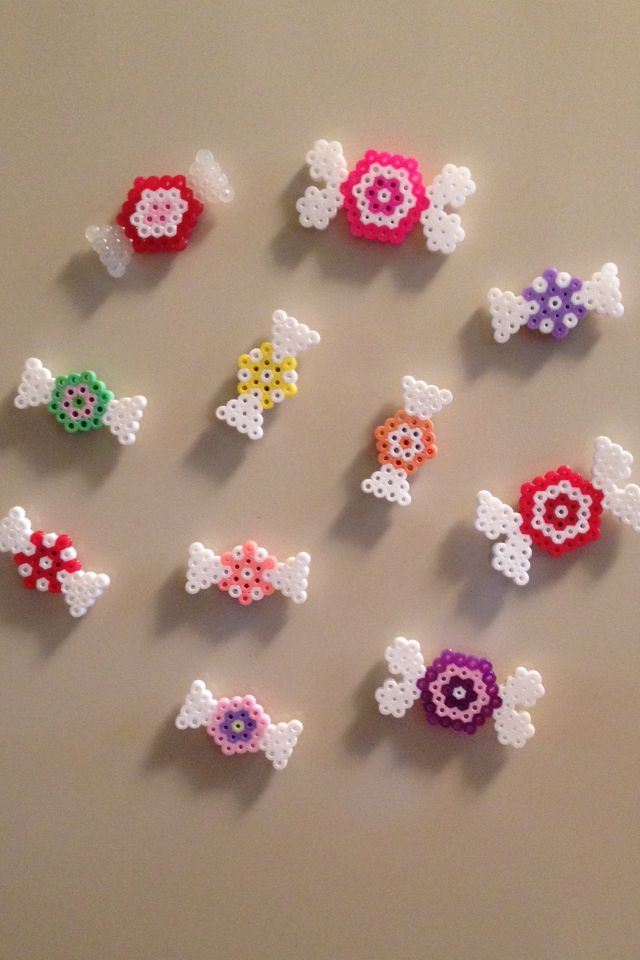 Perler beads, hama beads, bead sprites, nabbi fuse melty beads. Hexagonal candies, sweets, caramelos