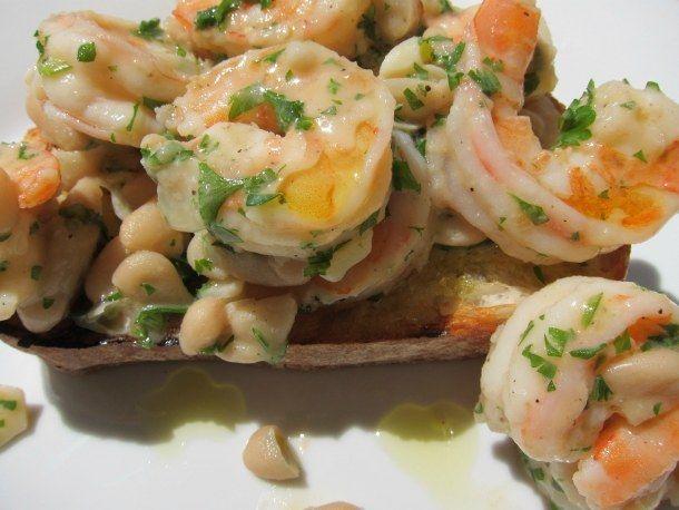 Grilled Garlic Bread with White Bean Shrimp ScampiWhite Beans, Dinner For One, Grilled Garlic, Shrimp Scampi, Garlic Breads, Serious Eating, Beans Shrimp, Dinner Tonight, Grilled Shrimp