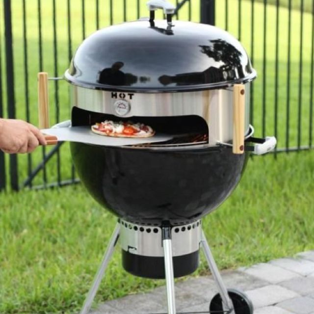 Outdoor pizza oven: Pizza Parties, Outdoor Ovens, Gifts Ideas, Kettles Pizza, Kettles Grilled, Grilled Pizza, Outdoor Pizza Ovens, Products, Stainless Steel