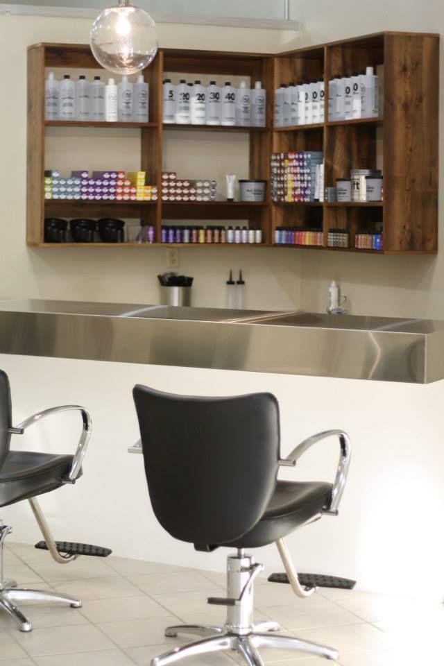 color bar salon deco springfield mo salon ideas pinterest style bar and extra storage. Black Bedroom Furniture Sets. Home Design Ideas