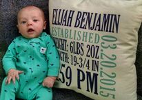 How cute is this!?! Order a pillow with your baby's birth stats on it. Every month use the pillow as a backdrop. Watch how much they grow over their first year.