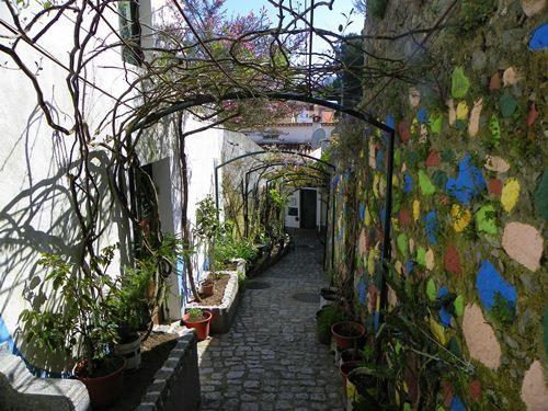 The attractive market town of  Monchique, Algarve, Portugal https://www.facebook.com/photo.php?fbid=618073478212014=a.350470704972294.89773.278589978827034=1