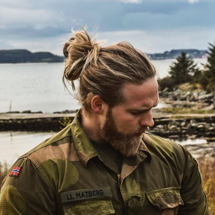 I am not generally fond of blonde men, muscle-bound men or beards, but I think Lasse Matberg is gorgeous. Maybe it is because he reminds me of a Viking and exudes ruddy, robust health and fitness. …
