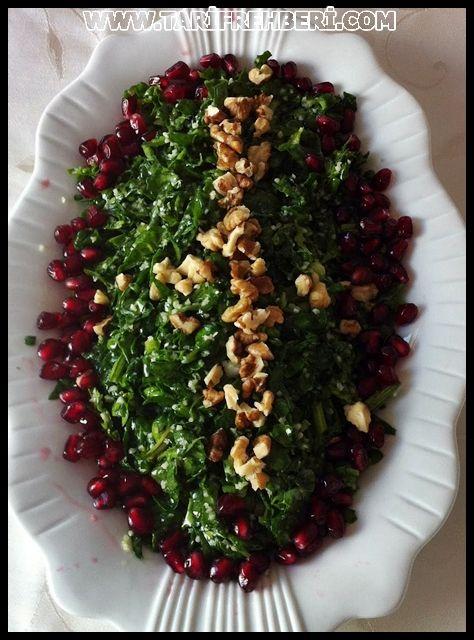 ! ! ! @ Gurme & Yemek Blogu @ ! ! ! Degisik Tatlar Yemek Ve Sosyal Yaşam Sitesi : Narlı Ispanak Salatası Nasıl Yapılır?
