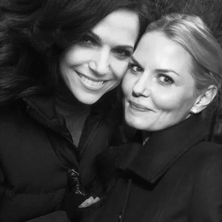 Awesome Lana and Jen (Regina and Emma) #Once #BTS Once S5B #StevestonVillage…