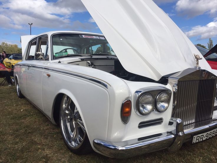Custom Rolls Royce, big block and bagged.