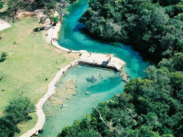 Balneário municipal é uma opções do turista para contemplar a natureza em Bonito (Foto: Divulgação/Secretaria de Turismo de Bonito - MS Brasil)