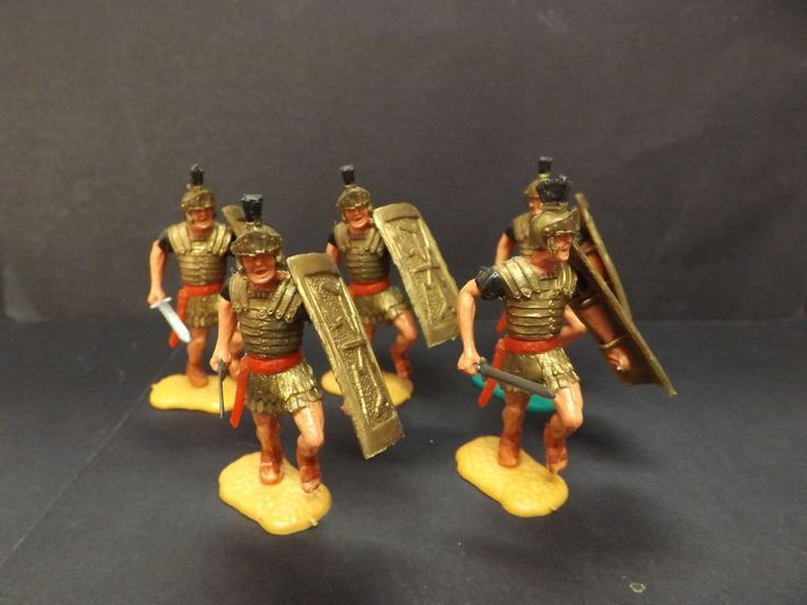 TIMPO ROMANS....FIVE CHARGING WITH DRAWN SWORDS AND BLACK PLUMES..NEW EX SHOP ST