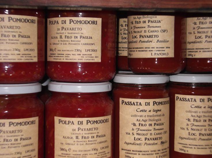 i Pomodori biologici del nostro Agriturismo ecologico in Val di Vara sono trasformati nei i nostri prodotti in vendita nel negozio aziendale.