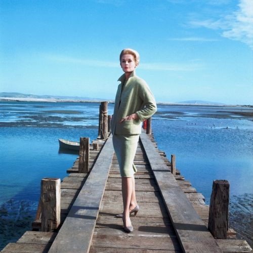 Tippi Hedren / on location in Bodega Bay, California, during production of Alfred Hitchcock's The Birds (1963)