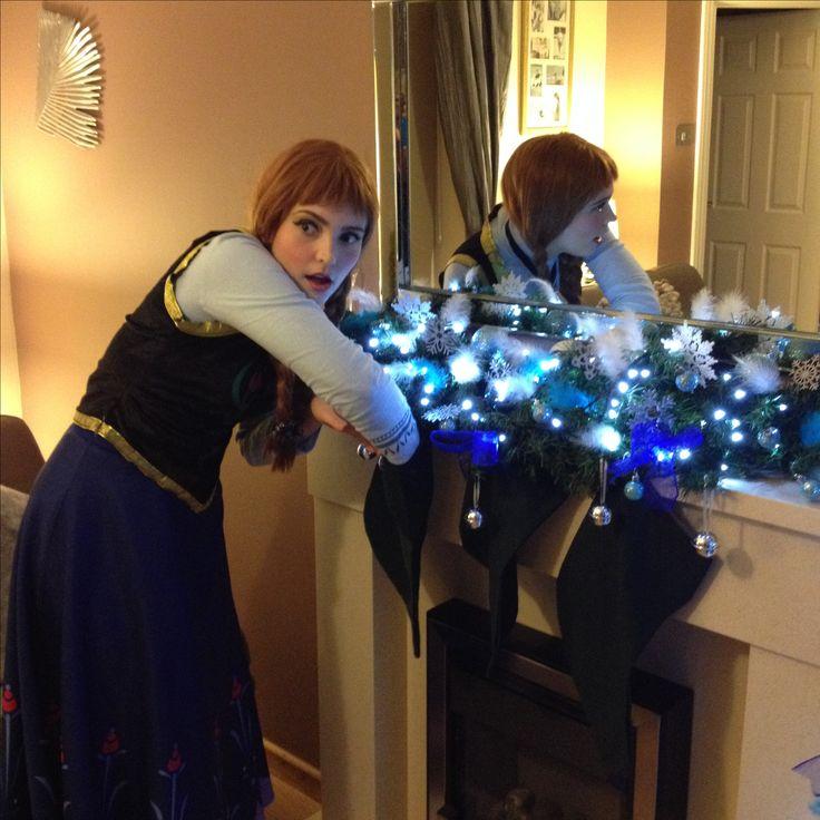 Frozen Christmas tree Anna