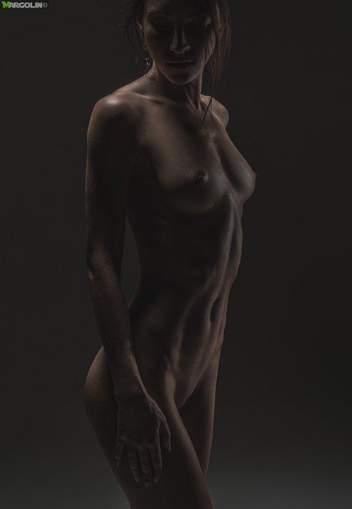 Alexander Margolin è un fotografo professionista russo, di genere erotico. #erotic #glamour #sexy #photography #areashootworld