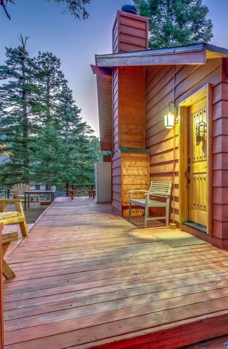 Check Out This Rustic Cabin Rental For Six In Big Bear Lake California Rustic Cabin Cabin Cabin Rentals