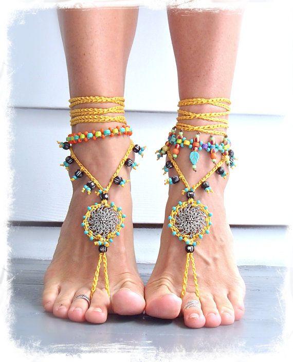 DESCALZO Amarillo SANDALIAS Mandala Amarillo Negro boda estafa Cuentas sandalias de ganchillo Tangas Pie de la Joyería del pastel Hippie Gypsy boh ...