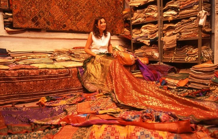 Tracy Kitching sourcing in India. This incredible woman is the owner & founder of Opium & designer of Opium Jewels.