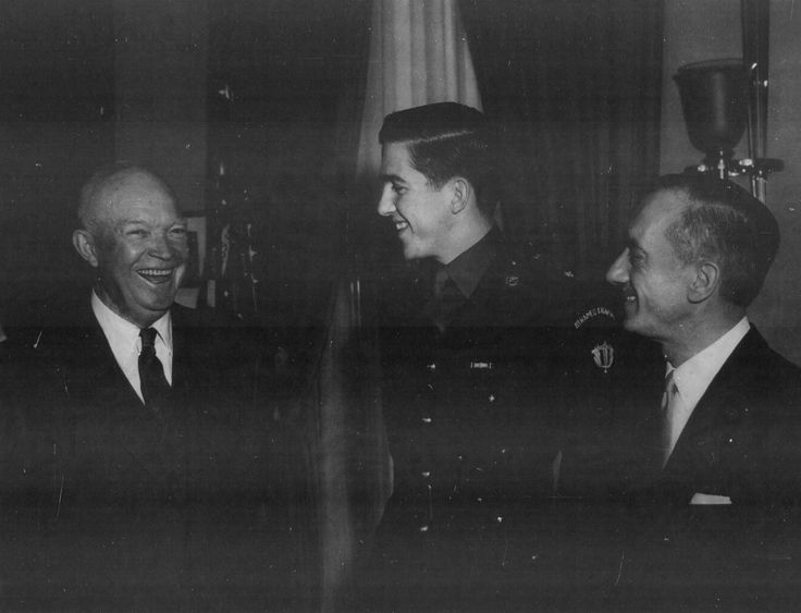 US President Dwight Eisenhower, Crown Prince Constantine of Greece, and Greek Ambassador to US Alexis Liatis, 4 Mar 1959