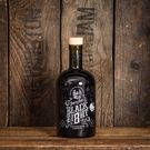 Independent boutique golden rum from Roatán, Honduras, aged for 5 years to create a deliciously smooth finish, try Pirate's Grog Rum today...