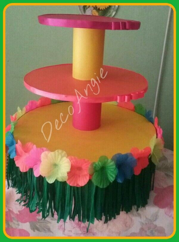 Luau Cupcake stand.