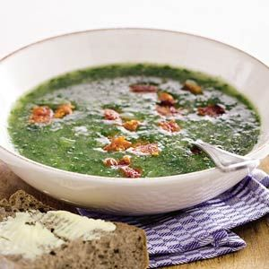 Portugese boerenkoolsoep | Deze soep gemaakt, maar dan uit 'de groentebijbel', extra toegevoegd tijm en salie. | lekker, maar toch beetje waterig