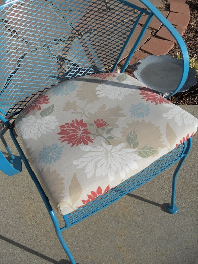 Just Another Hang Up: Sewing  patio pillows