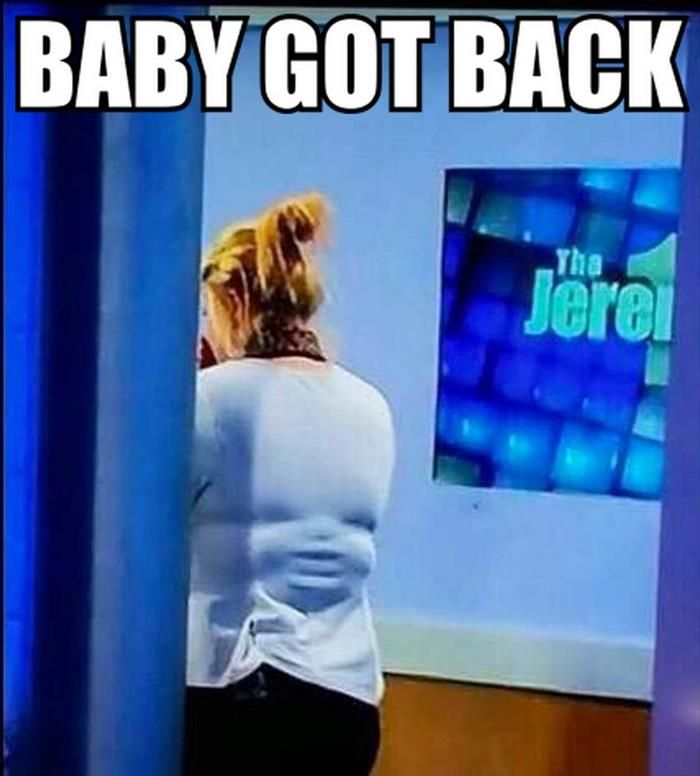 hahahah her back looks like a baby's face kinda like that one girl with the baby face knees