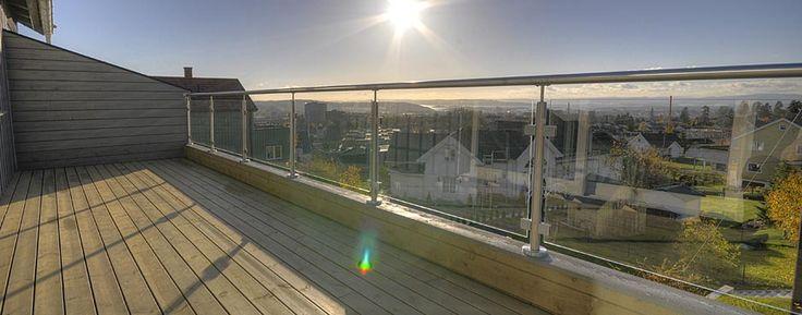 balkongräcke glas aluminium - Sök på Google