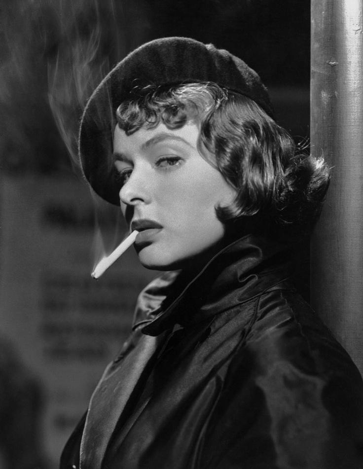Ingrid Bergman #beret #smoke #smoking