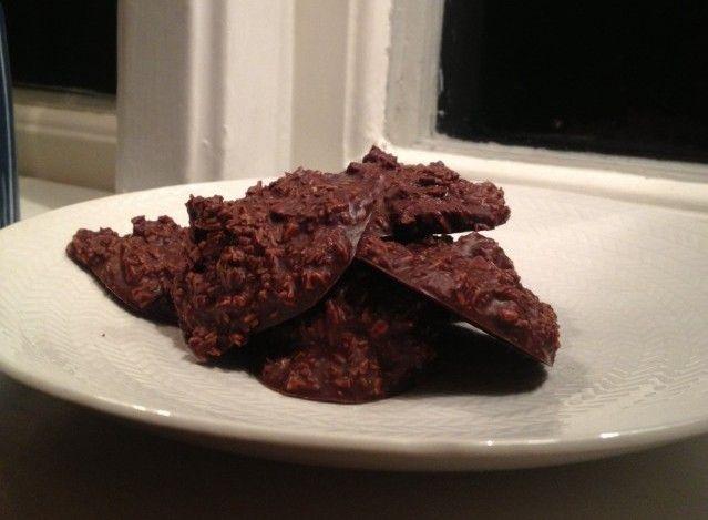 Detta är mitt egna recept för nyttigt choklad godis som smakar helt fantastiskt! Dem är super goda och ja, det är både choklad och nyttigt. Se recept här!