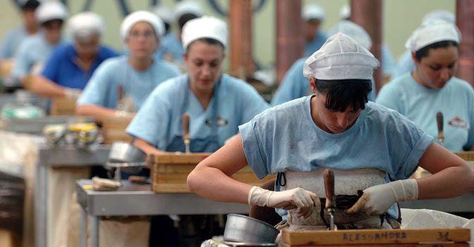 operai manifattura sigari toscani