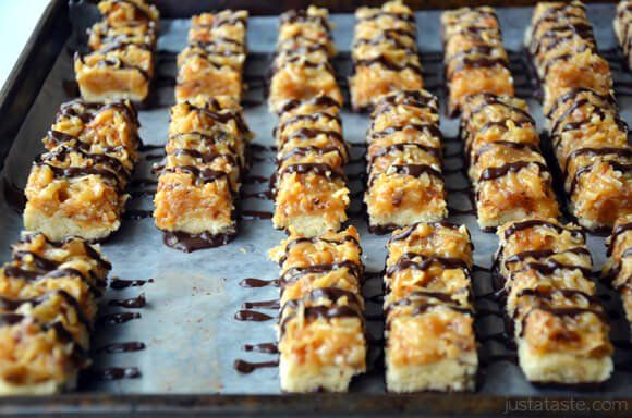 Bake up a homemade take on the iconic Samoas Girl Scout cookies with a recipe starring an easy shortbread base and chewy coconut-caramel topping.
