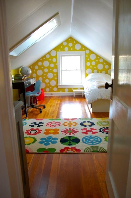 polka dots... Fun for a play room: Idea, Polka Dots, Attic Conver, Attic Spaces, Attic Bedrooms Design, Attic Rooms, Girls Rooms, Kids Rooms, Accent Wall