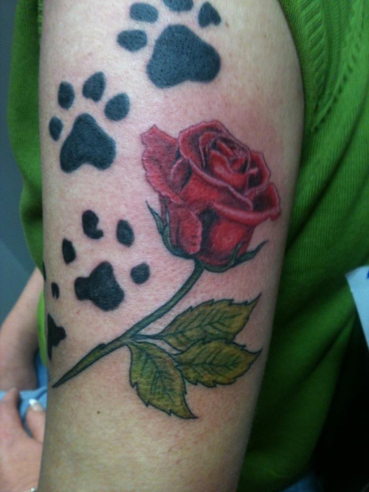 Tattoo Ideas Paw Prints: 40 Best Paw Print Flower Tattoo Images On Pinterest