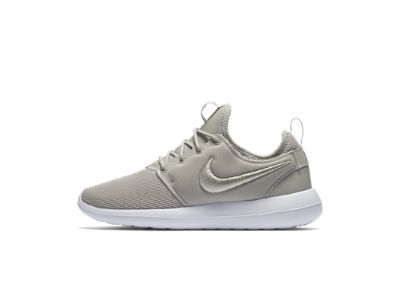 Nike Roshe Courir Maille Londres Chaussures Dor Noir Blanc Traversent