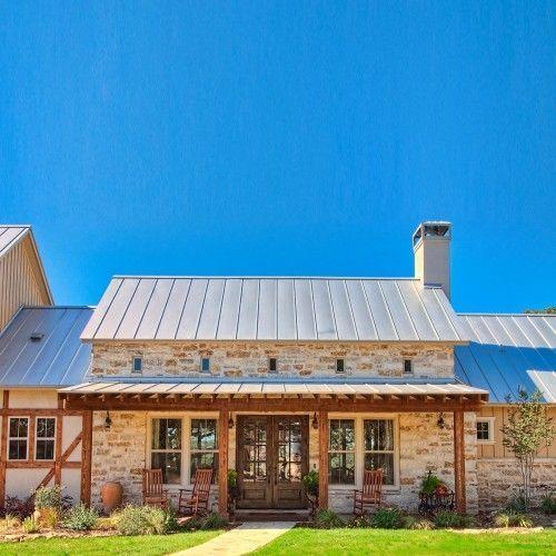 50 simple farmhouse architecture design ideas (24)