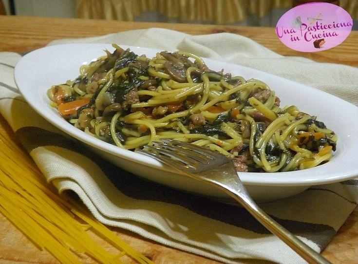 Pasta+con+Spinaci,+Funghi+e+Carne+Trita
