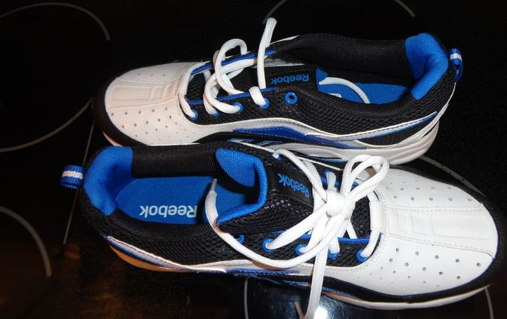 New REEBOK men's blue/black/white athletic shoes size 7 (leather&man-materials)