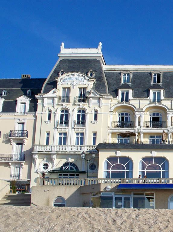 34 best CABOURG DEC 14 images on Pinterest Normandie, Normandy and