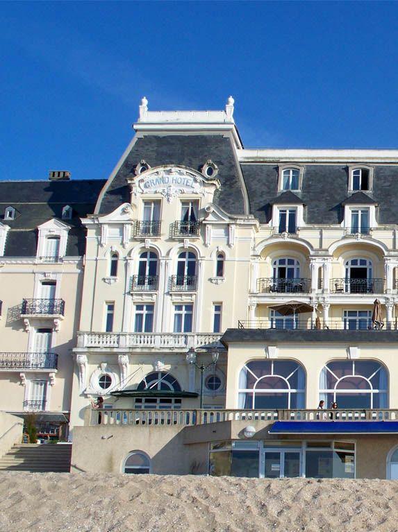 Les 31 meilleures images propos de beyond the sea sur for Chambre 414 grand hotel cabourg
