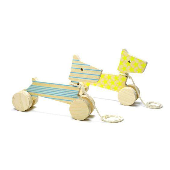 Wundervolle Nachziehtiere aus Holz in Italien gefertigt. Design Spielzeug von de…