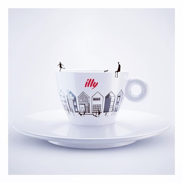 The architects need creative coffee❗️  #illustration #architecture #coffee #cosminadavid #romaniandesign #architecturelovers #drawing #instadaily #coffeetime #illy #design #graphicdesign #romanianillustrator #romaniandesigner #story #people #instagood #picoftheday #graphic #art #artist #contest #designtheillycan #ideas #painting #monochrome #blackandwhite #illyartcollection #red #sketch