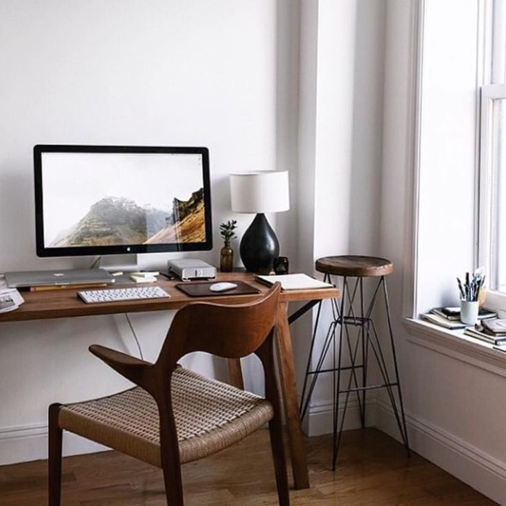 Found This Really Nice Workspace On Stylishsetups Follow Us Onmidesk For More Inspiration