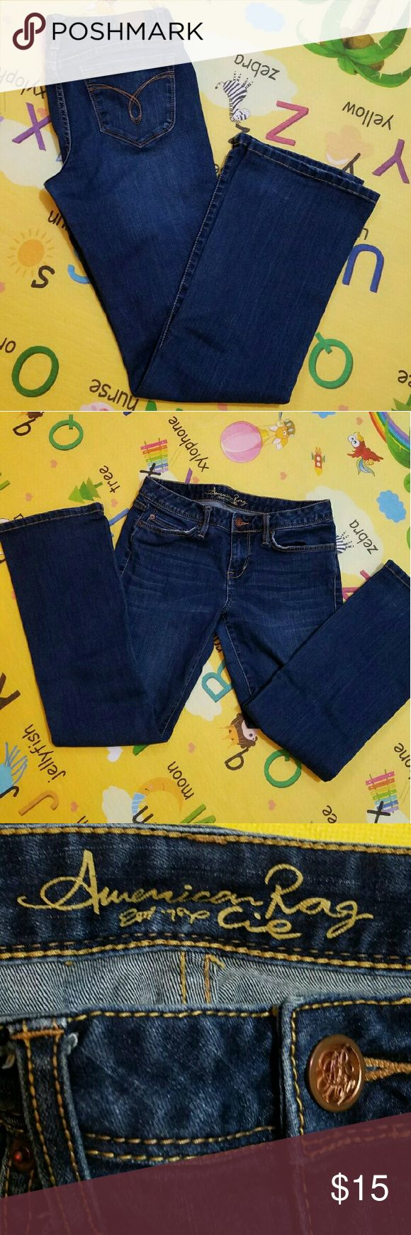 American Rag size 7-S Jeans Used jeans but in great condition.  No stains or holes. Fit good. American Rag Jeans Straight Leg